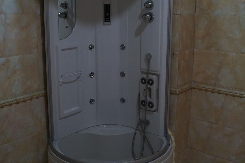 Habitación básica con 1 cama doble o 2 individuales - Baño