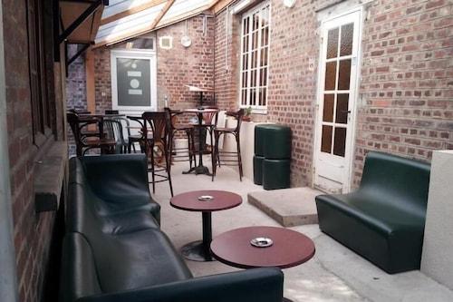 蘇瓦松中心特米努斯法斯特飯店/