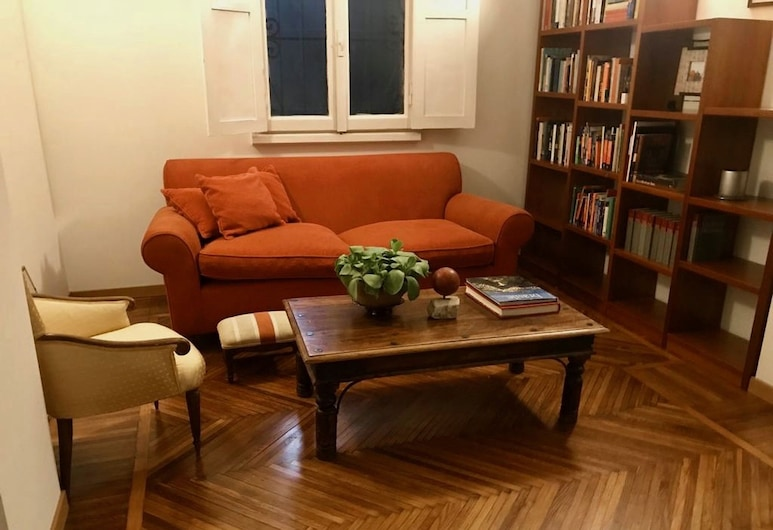 B&B La Casa Di Lara , Milano, Superior Apart Daire, Oturma Alanı