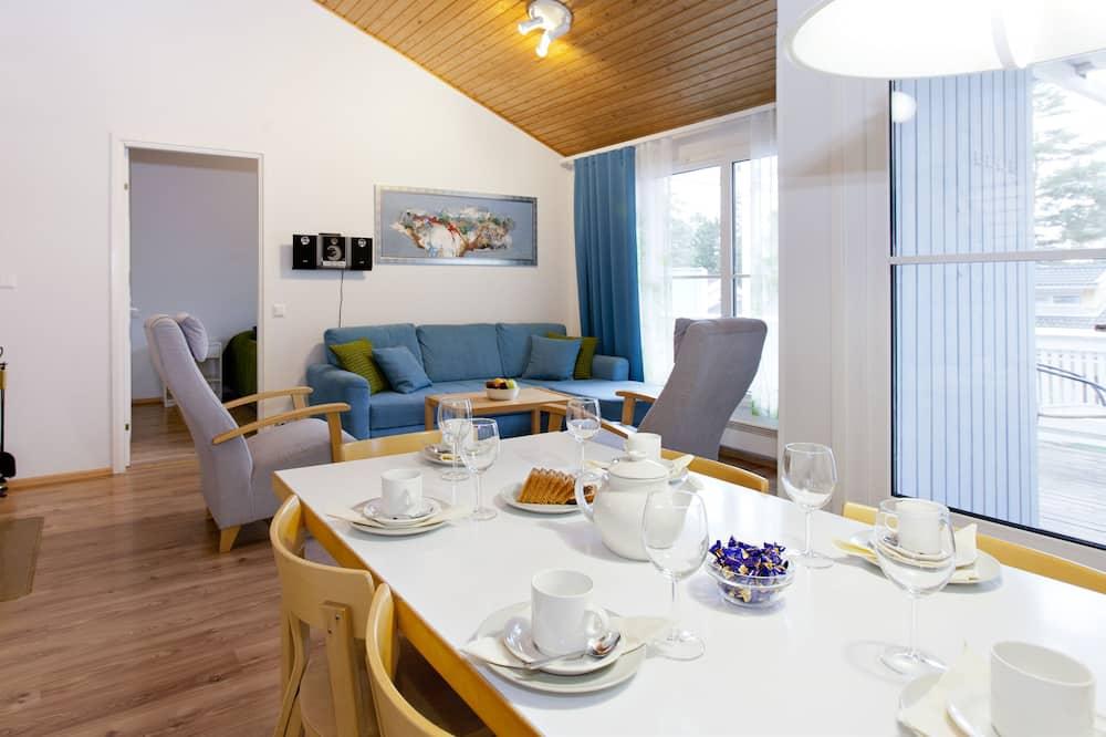 Apartment, 2 Bedrooms, Sauna (68 m2) - In-Room Dining
