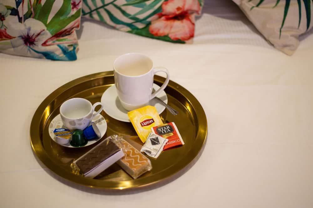 Keturvietis kambarys - Vakarienės kambaryje