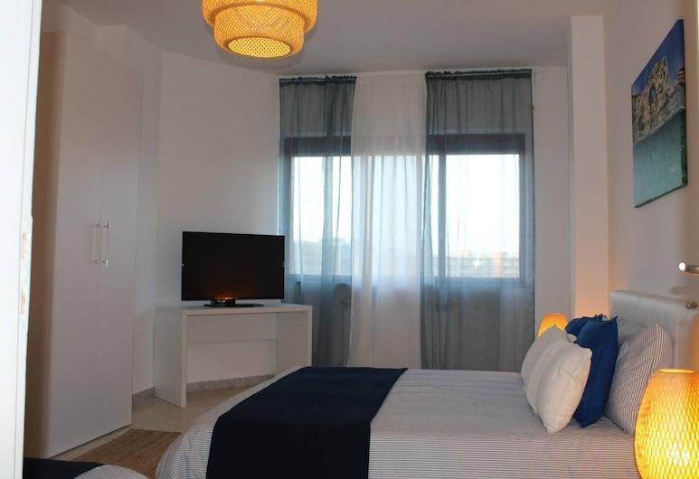 Stella del Sud - B&B, Bari, Triple Room, Shared Bathroom, Guest Room