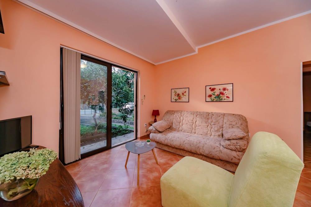 Apartemen Klasik - Ruang Keluarga