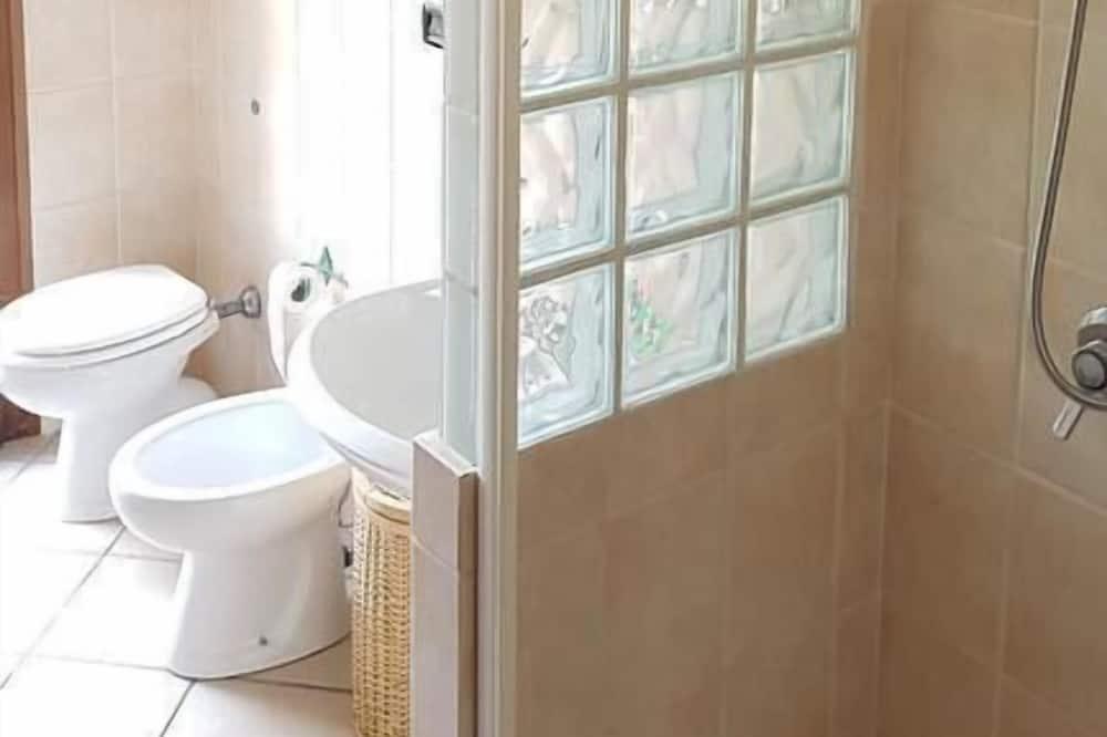 Double or Twin Room, Ensuite - Bathroom