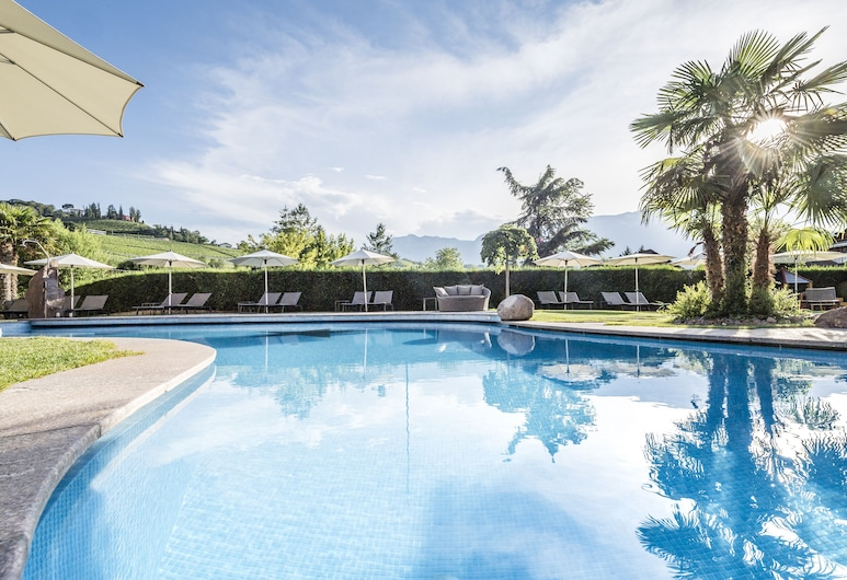 斯皮塔勒之家飯店, 阿皮亞諾蘇拉斯特拉達德爾維諾, 室外泳池