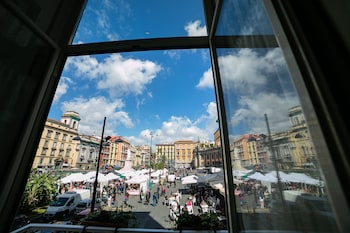 Picture of Le 4 Stagioni Dante H.Napoli Centro in Naples