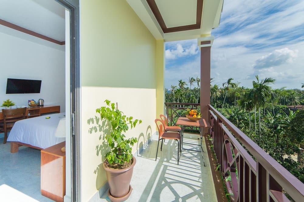 Deluxe Double Room, Pool View - Balcony View