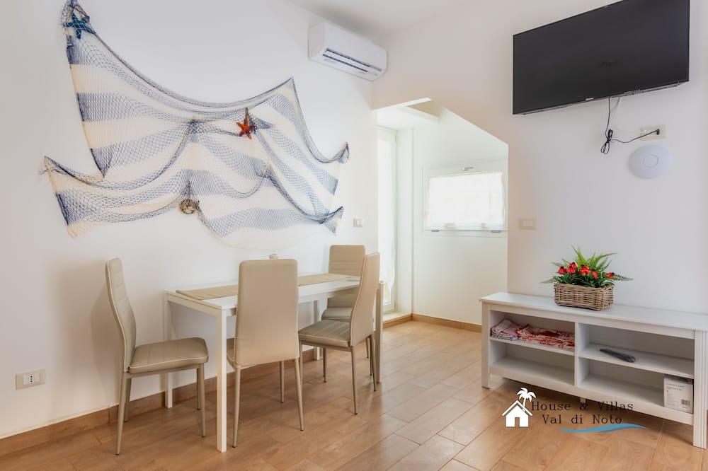 Διαμέρισμα, 1 Υπνοδωμάτιο, Αίθριο - Περιοχή καθιστικού