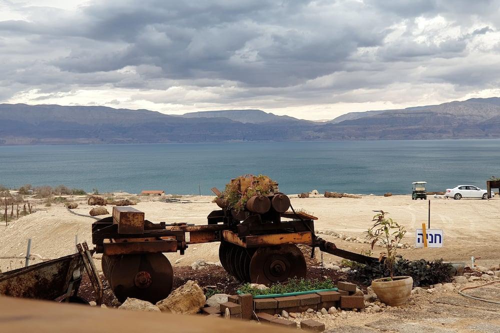 Namiot - Z widokiem na jezioro