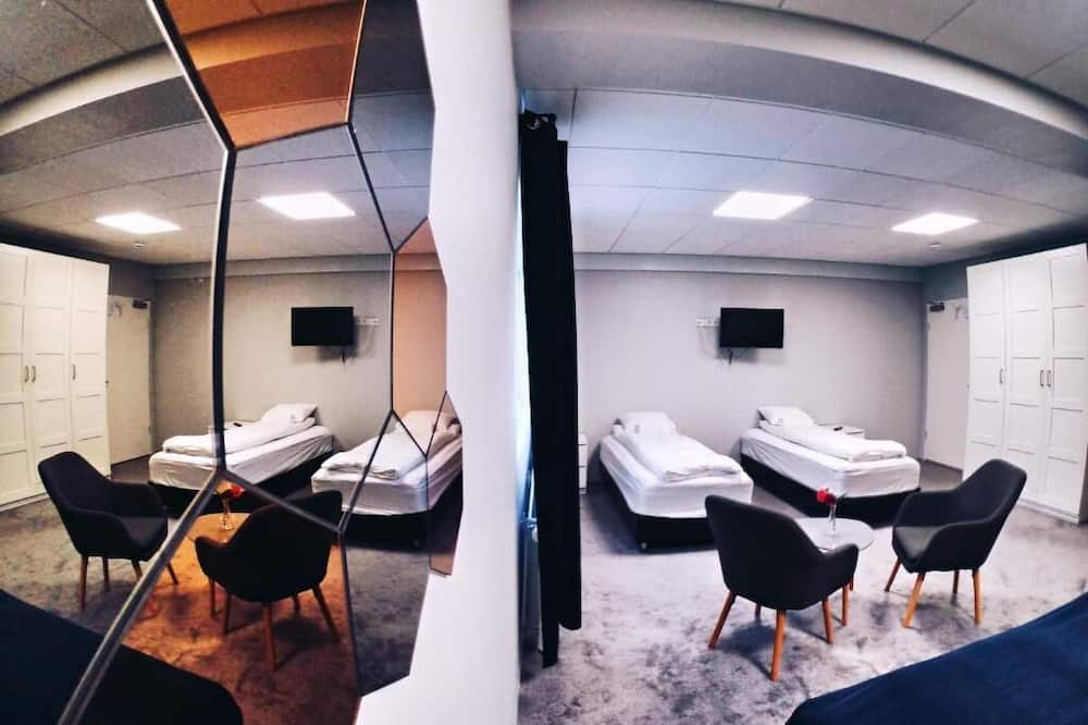 Family Quadruple Room, Private Bathroom - Guest Room