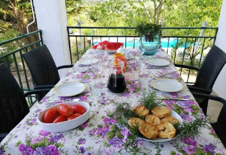 Villa With 3 Bedrooms in Ostuni, With Private Pool, Furnished Garden and Wifi - 12 km From the Beach, Ostuni, Terraza o patio