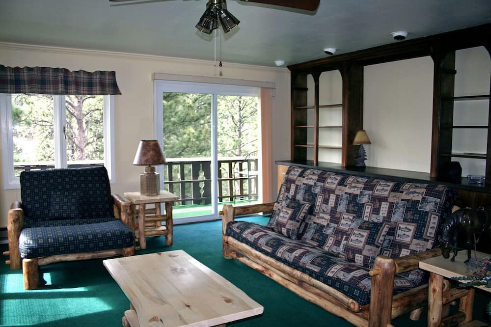 Condo, Multiple Beds, Fireplace, Mountain View - Living Room