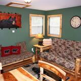 Kabin, 1 Tempat Tidur Queen, hot tub, pemandangan gunung - Ruang Keluarga