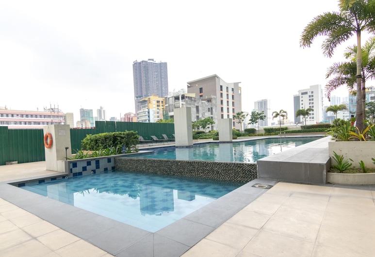 오요 529 아마이아 스카이스 아베니다, 마닐라, 수영장