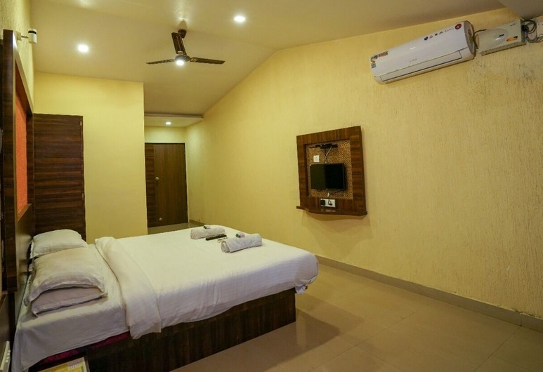 Shivneri Motels, Mahabaleshwar, Deluxe Double Room, Guest Room