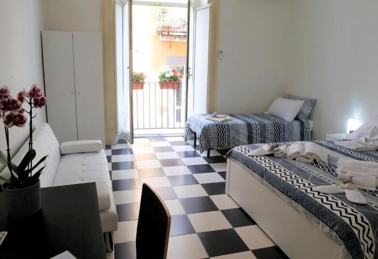 MB Napoles Rooms, Naples, Trojlôžková izba typu Comfort, Hosťovská izba