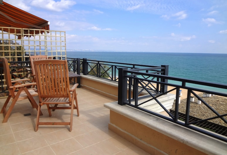 Sea View Rental Front Beach, Golden Sands, 1-Bed with Sea View - Bridal Apartment, Balkong