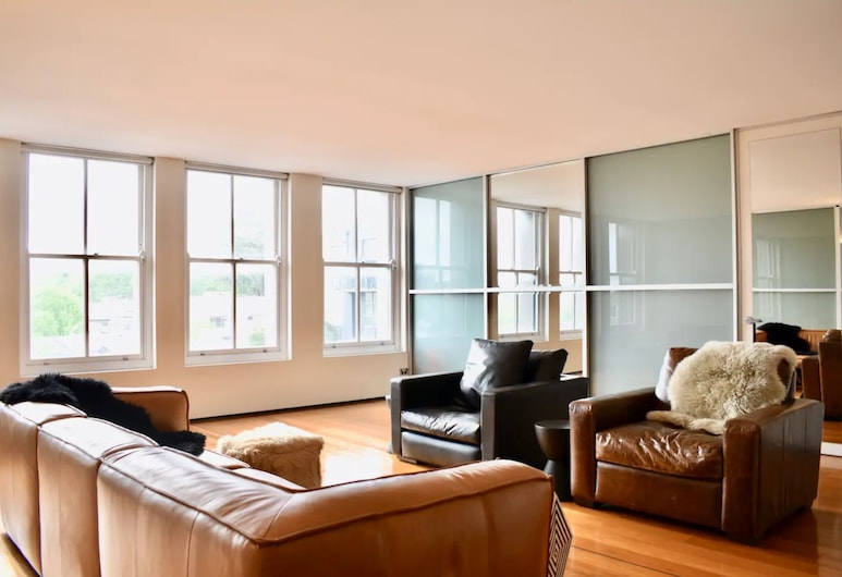 New York Loft Style Flat in Surry Hills, Surry Hills