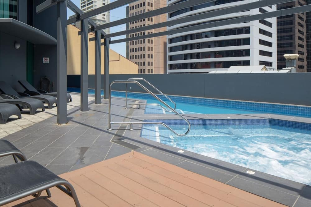 Studio (0 Bedroom) - Pool