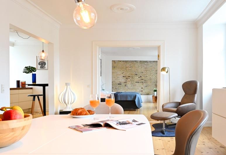 Fantastic Duplex Apartment With Modern Danish Design Furniture, Kodaň, Pokoj