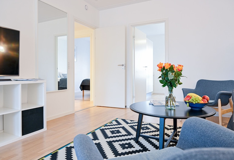 Three-bedroom Apartment With a Balcony in Copenhagen Orestad Near Metro Station, Kopenhagen, Woonruimte