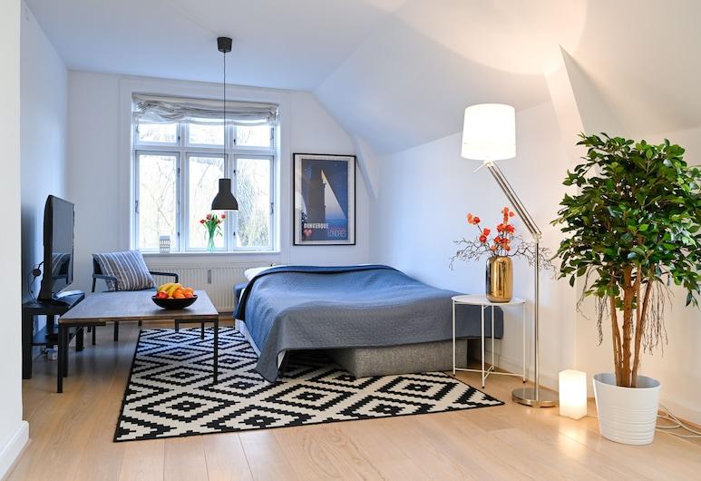 Super Cozy 3-bedroom Duplex Apartment in Frederiksberg Close to Copenhagen Zoo, Frederiksberg, Δωμάτιο