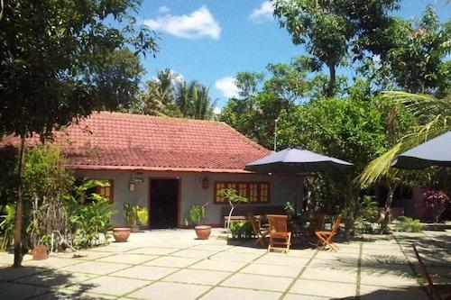 歐瑪尼岡農格咖啡廳及家庭旅館/