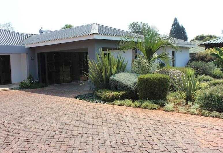 Sarum Lodge, Harare