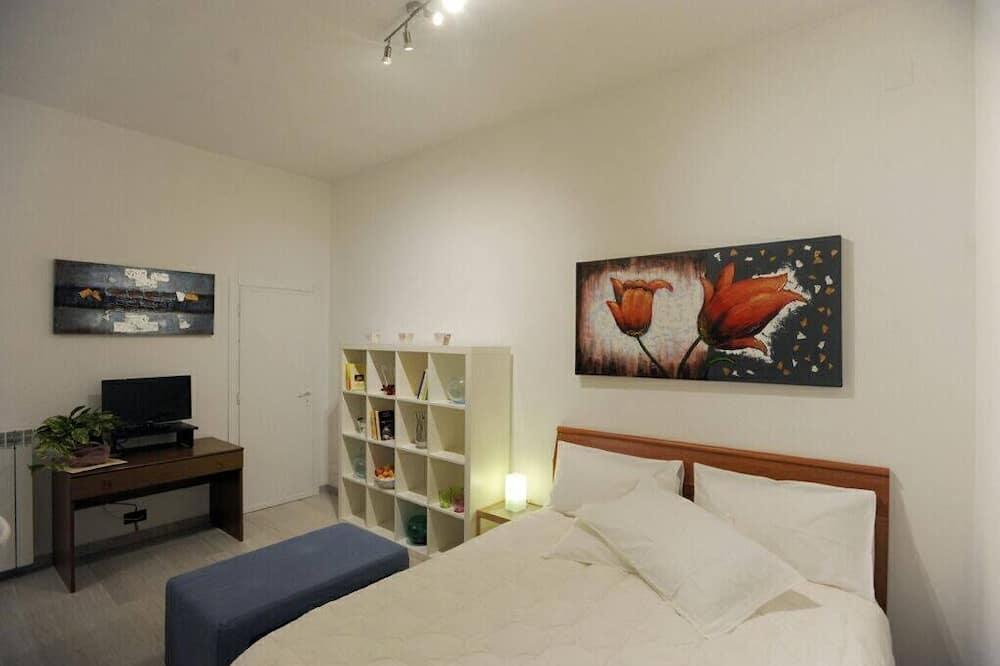 Studio, 1 Queen Bed - Room