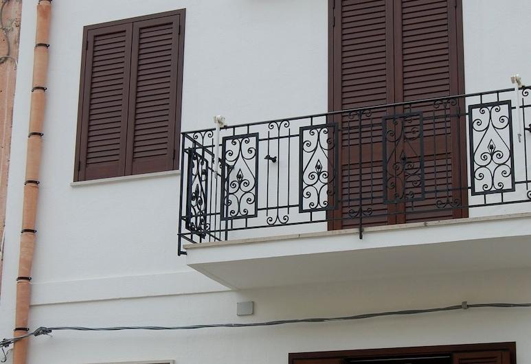 I tre Golfi Savoia, San Vito Lo Capo, Front of property