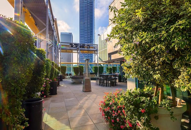 TENTEN Wilshire - Official, לוס אנג'לס, בריכה על הגג