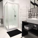 Διαμέρισμα, Μπάνιο στο δωμάτιο - Μπάνιο