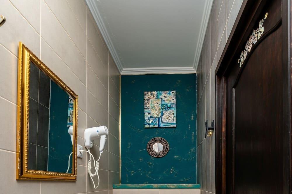高级双人房/双床房 - 浴室