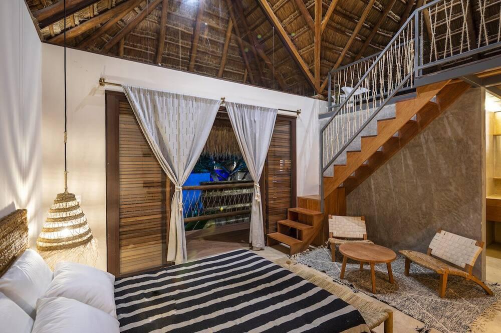Luxury Loft, Pool View, Mezzanine - Guest Room
