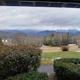 Mountain Top Condo With Spectacular View