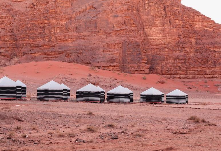 Lunar Camp- Awad Karim Wadi Rum, Wadi Rum