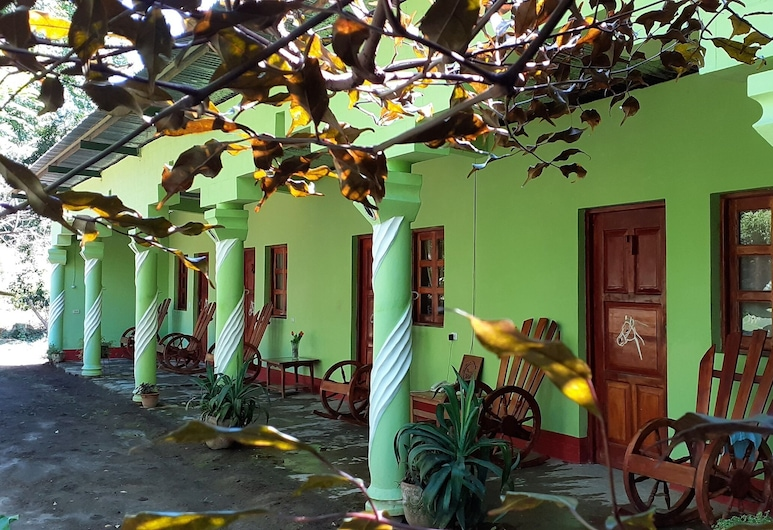 Hostal  Caballo Blanco, جزيرة أوميتيب