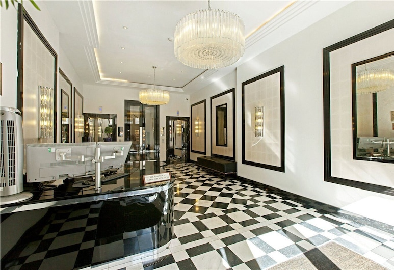 Stylish & Central Located Studio Hyde Park, London, Comfort-Apartment, eigenes Bad, Zimmer