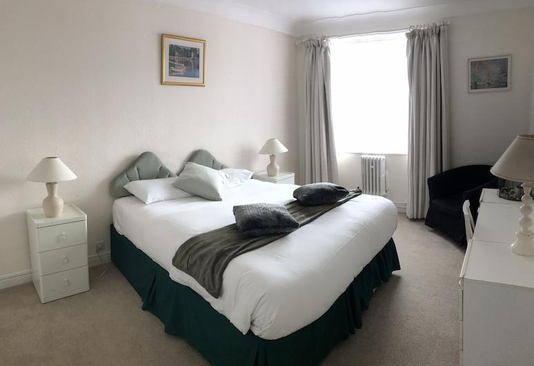 Elegant & Bright English Style 1 Bed Hyde Park, London