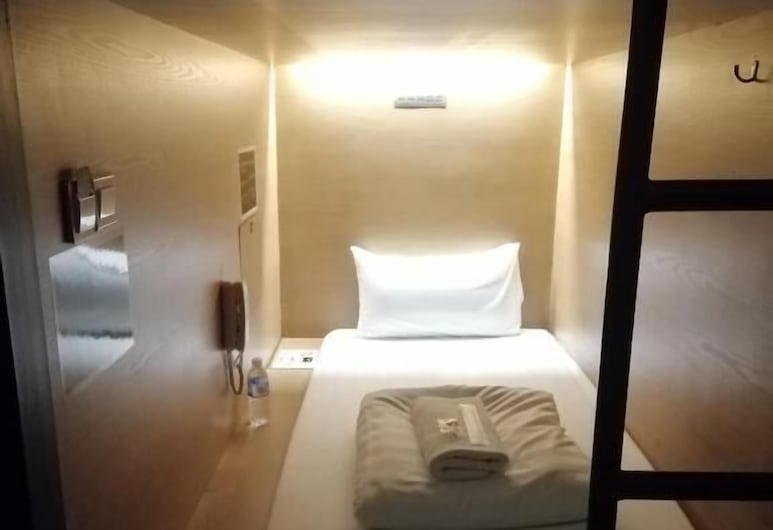 Napzone Penang by Sovotel, George Town, Capsule - Male Only, Max 4 Hours Stay, Guest Room