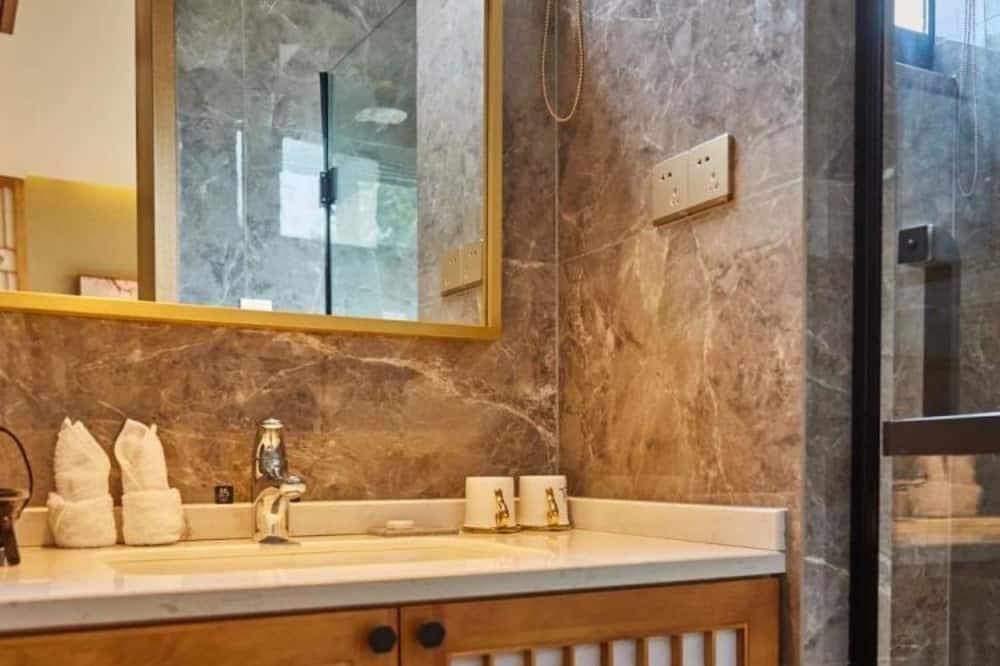 Premier-Doppelzimmer - Badezimmer