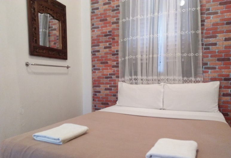 SPOT ON 89707 RIVER VIEW GUEST HOUSE, Malacca City, Standard Double Room, Guest Room
