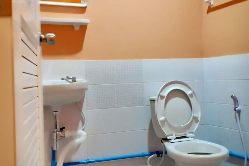 Standard Room (Brown) - Bathroom