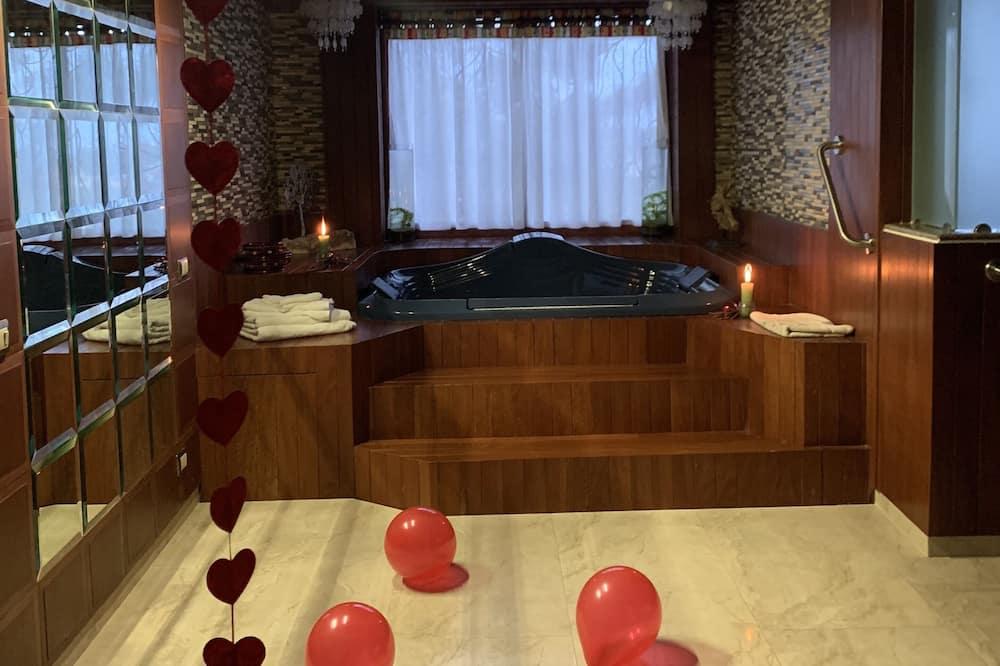 尊榮客房, 1 間臥室, 熱水浴缸 - 私人 Spa 浴缸