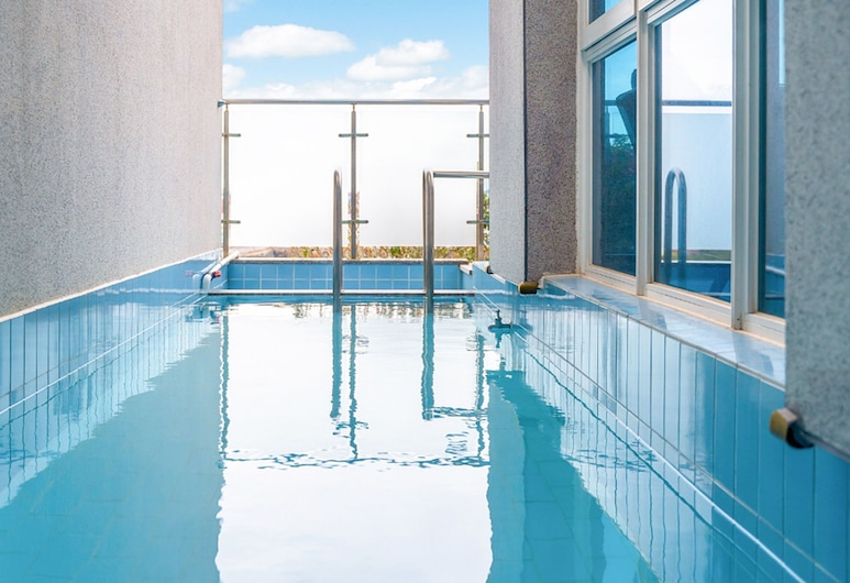 Ara Pool Villa Pension, Tongyeong, 101 - Extra person charge on site more than 2 people, Ιδιωτική πισίνα