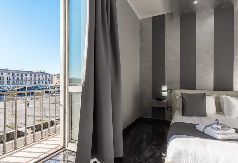 Hotel Bella Napoli Suites, Naples, Superior Room, Guest Room