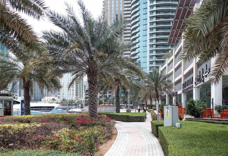 Frank Porter Marina Tower, Dubai, Garden