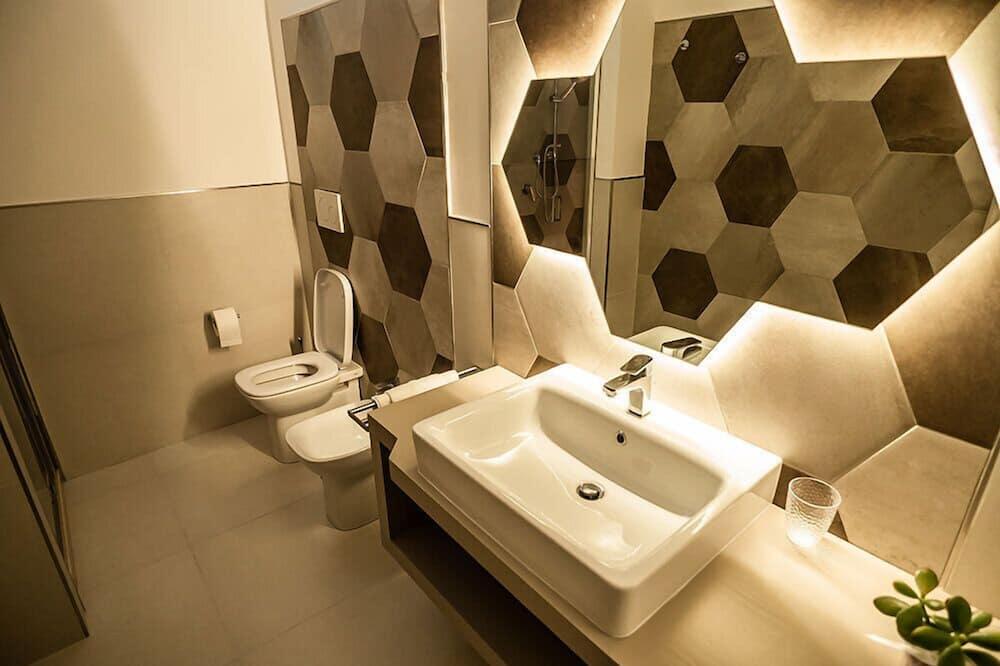 Quarto Duplo (Vittorio De Sica) - Casa de banho