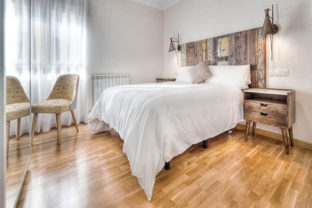 Tek Büyük Yataklı Oda - Öne Çıkan Resim