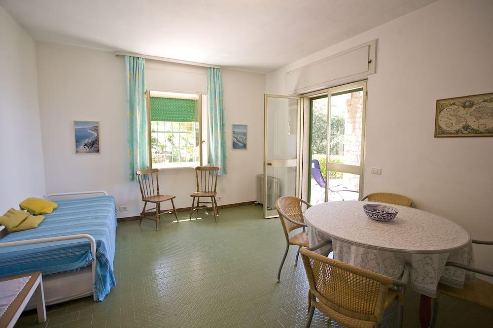 Apartment, 1 Bedroom (Appartamento 1) - Living Area